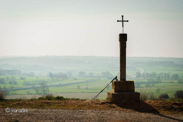 Creu a l'ermita de la Mare de Déu de Santesmasses